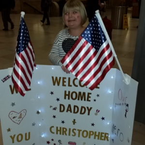 daughter-welcomes-dad-home